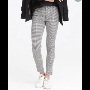 Banana Republic Sloan houndstooth checker pants